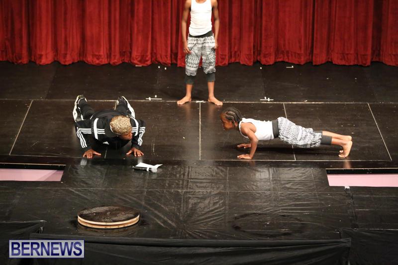 CedarBridge-Fashion-Show-Lumiere-Bermuda-April-17-2015-22