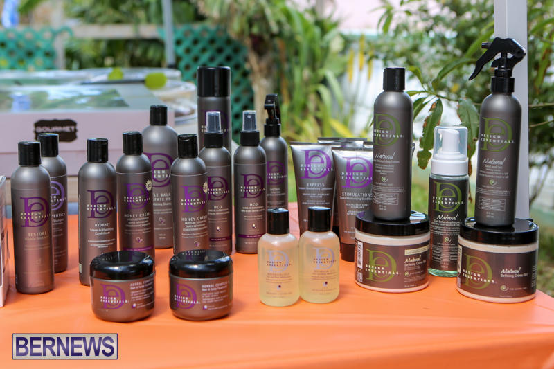 Maxilous-Salon-Bermuda-April-11-2015-1