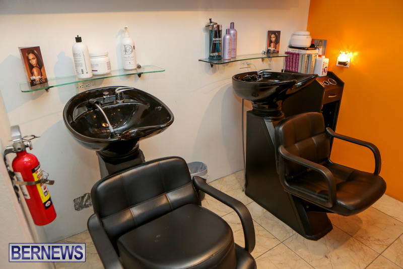 Maxilous-Salon-Bermuda-April-11-2015-17