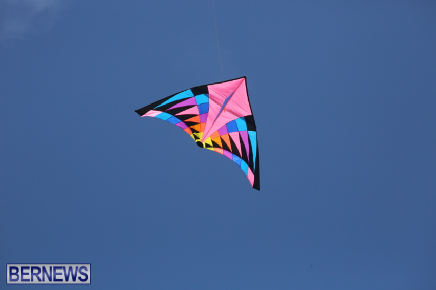 bermuda-kitefest-good-friday-2015-19