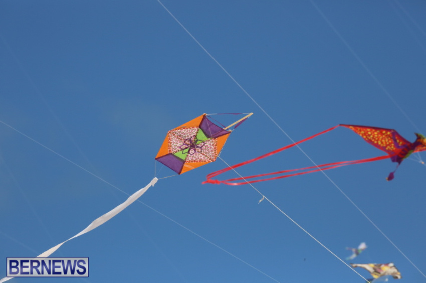 bermuda-kitefest-good-friday-2015-23