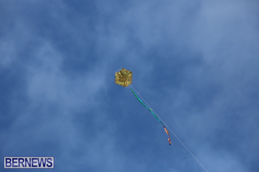 bermuda-kitefest-good-friday-2015-40