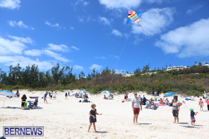 bermuda-kitefest-good-friday-2015-56