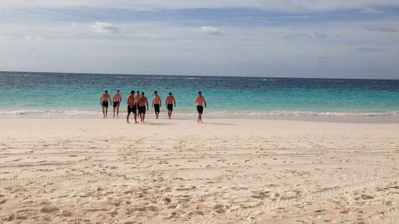 team-oracle-USA-training-beach-bermuda-april-2015-13