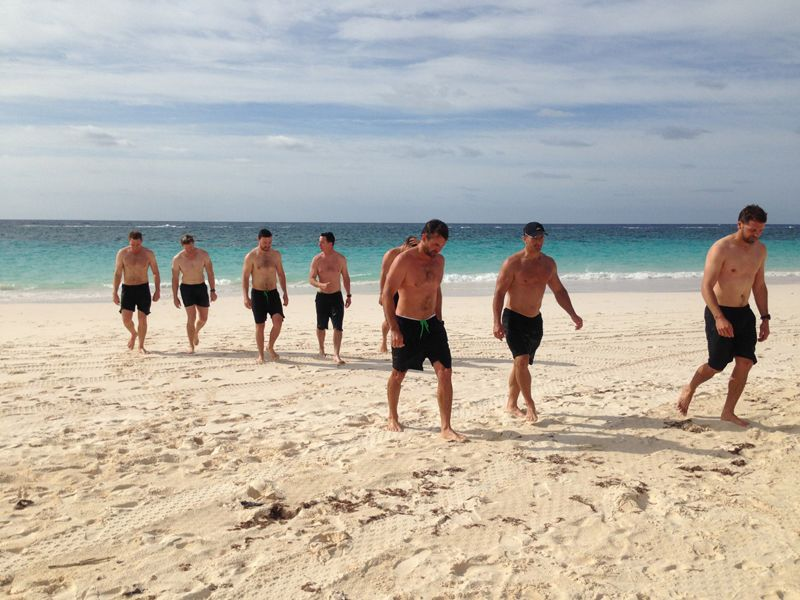 team-oracle-USA-training-beach-bermuda-april-2015-15