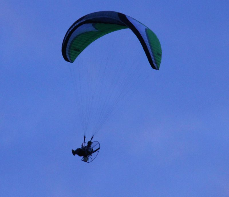 Photos: Paramotor Seen Flying Over Bermuda - Bernews