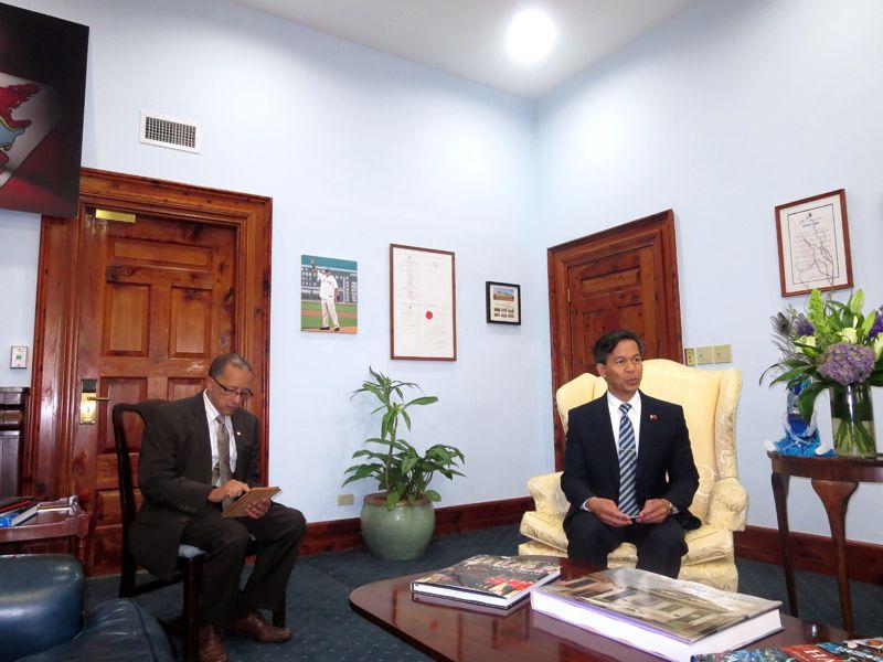 Philippine-Embassy-Visited-Filipino-Association-2