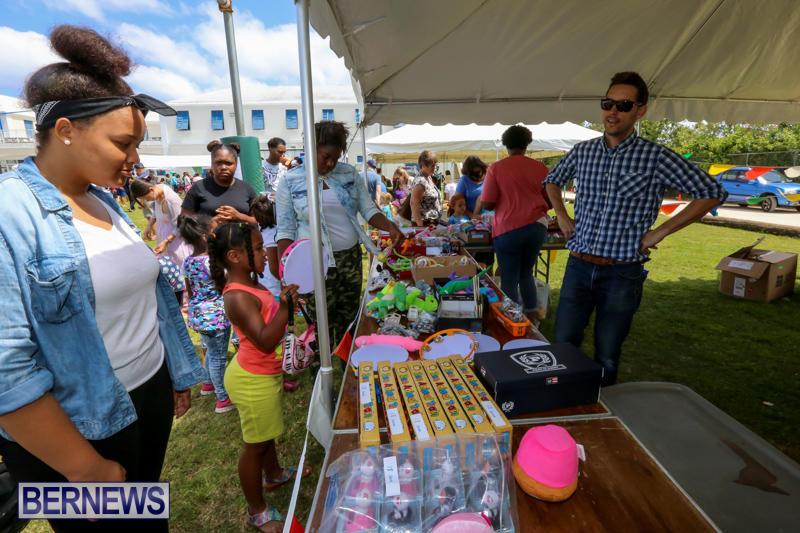 Somersfield-Academy-Fair-Bermuda-May-16-2015-39