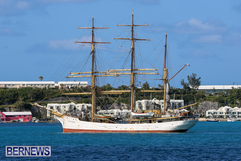 St-Georges-Harbour-Yachts-Bermuda-May-16-2015-13