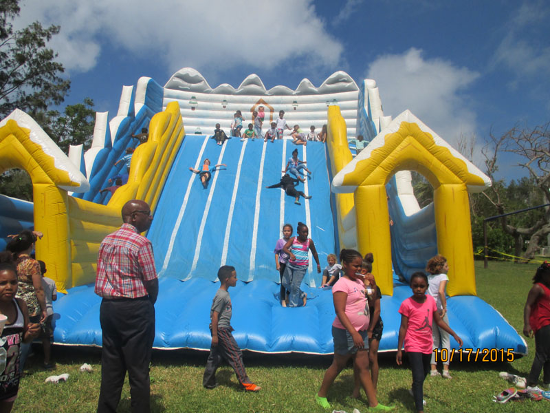 St.-George's-Children-Fun-Packed-Day-2015May22-68-ls
