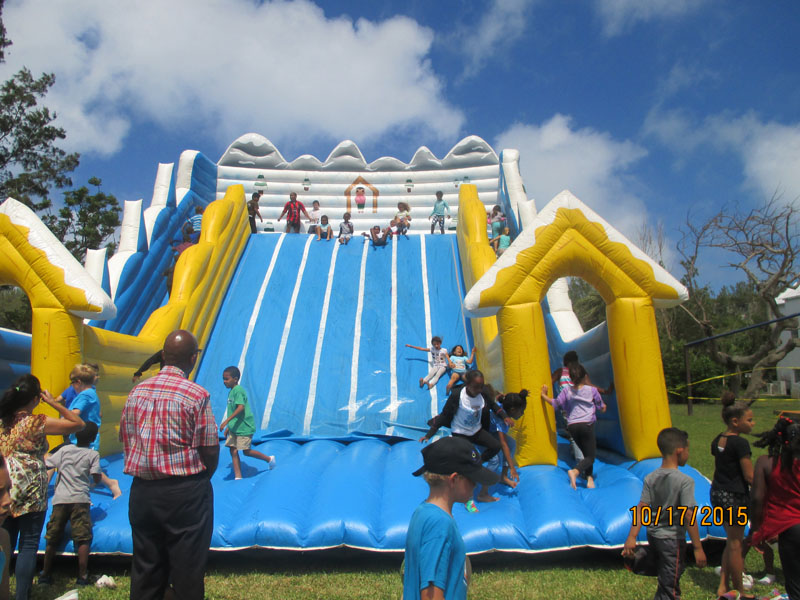 St.-George's-Children-Fun-Packed-Day-2015May22-70-ls