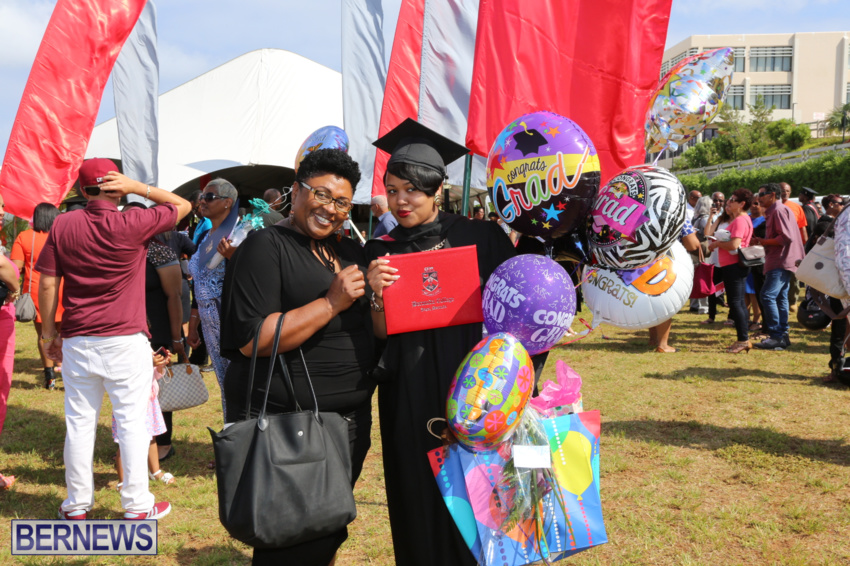 bermuda-college-graduation-2015-1