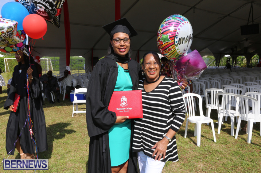 bermuda-college-graduation-2015-10