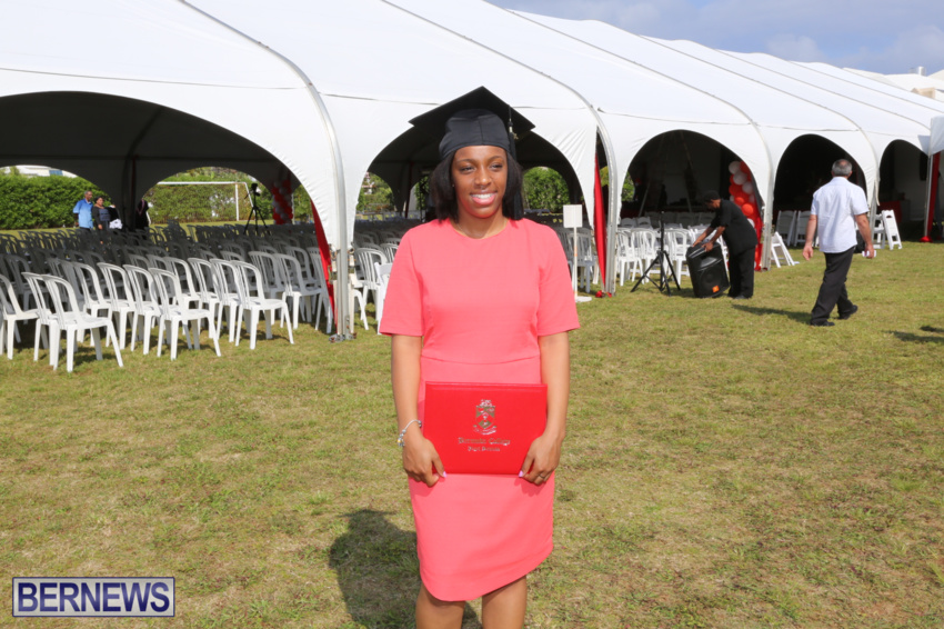bermuda-college-graduation-2015-11