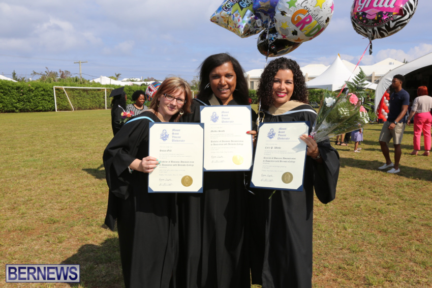 bermuda-college-graduation-2015-22
