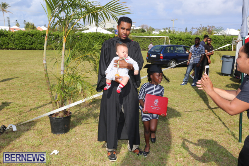 bermuda-college-graduation-2015-28
