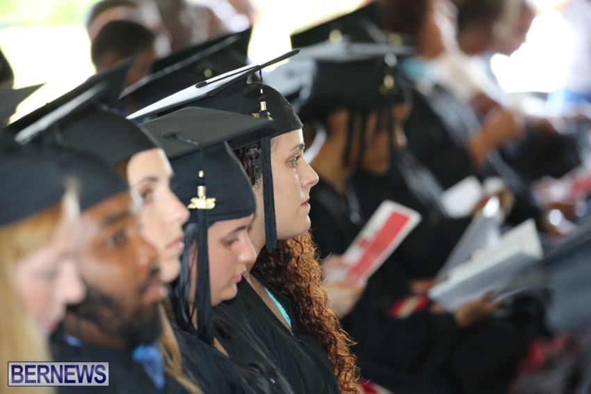 bermuda-college-graduation-2015-32