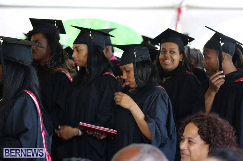 bermuda-college-graduation-2015-40