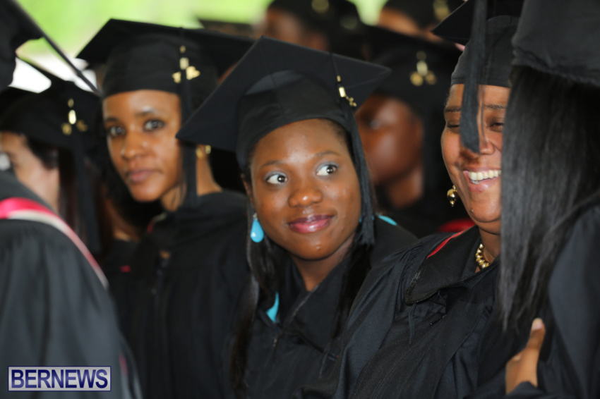 bermuda-college-graduation-2015-43