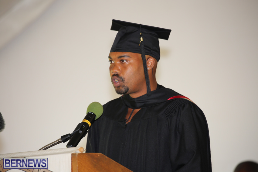 bermuda-college-graduation-2015-46