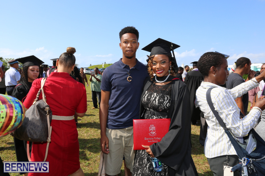 bermuda-college-graduation-2015-5
