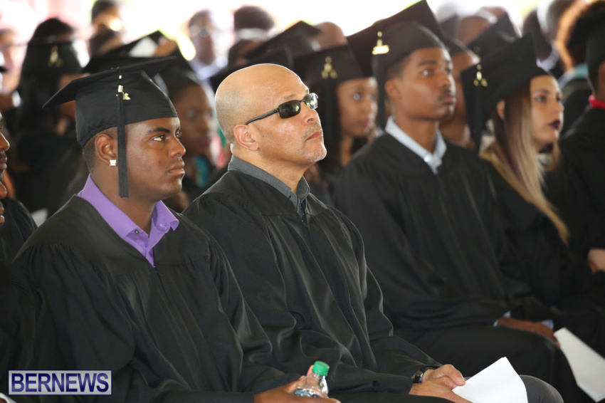 bermuda-college-graduation-2015-72
