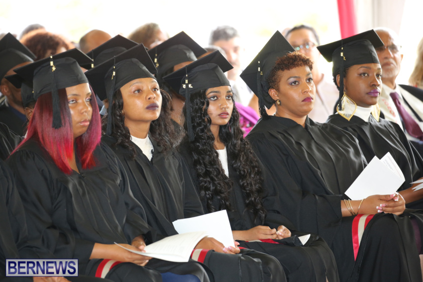 bermuda-college-graduation-2015-76