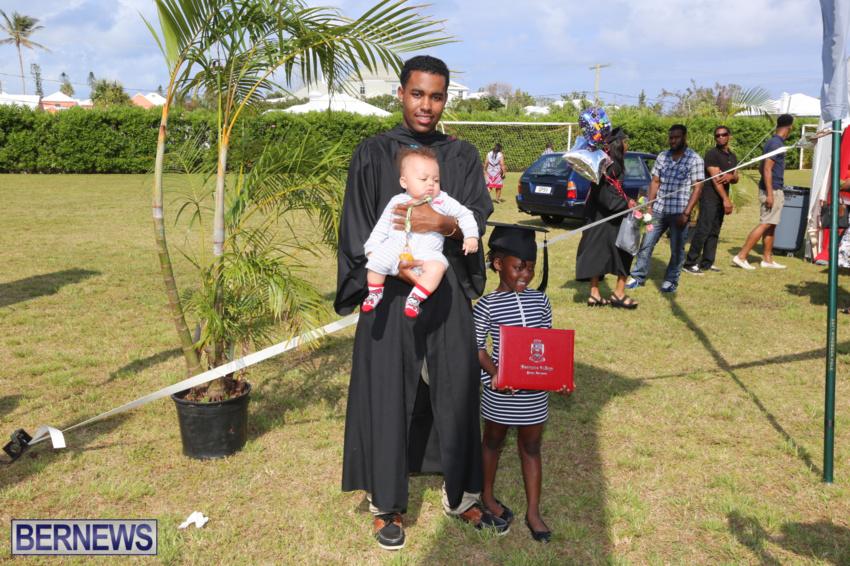 bermuda-college-graduation-2015-85