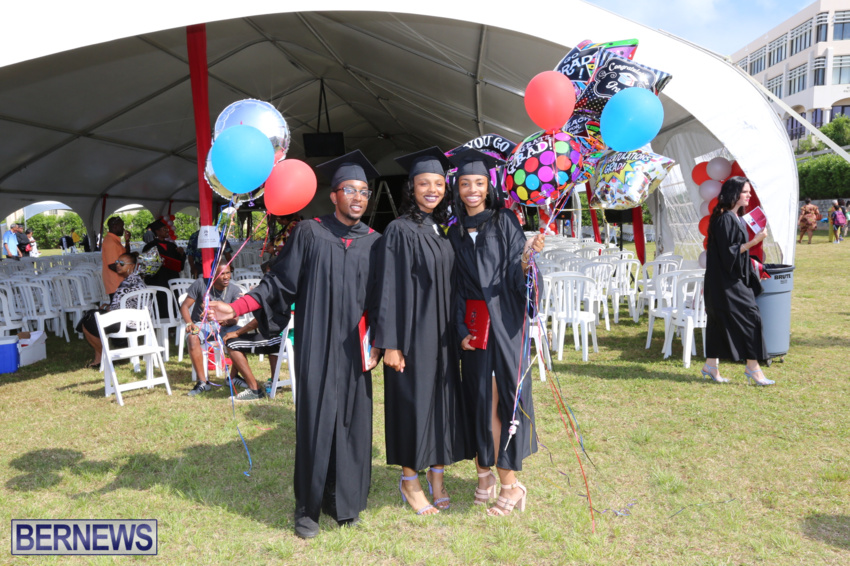 bermuda-college-graduation-2015-87