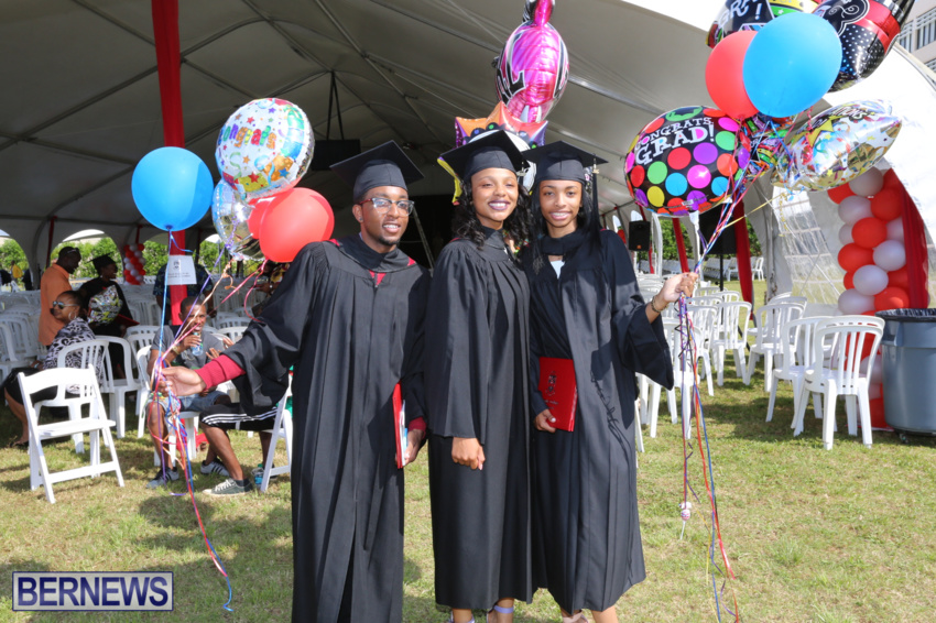 bermuda-college-graduation-2015-88