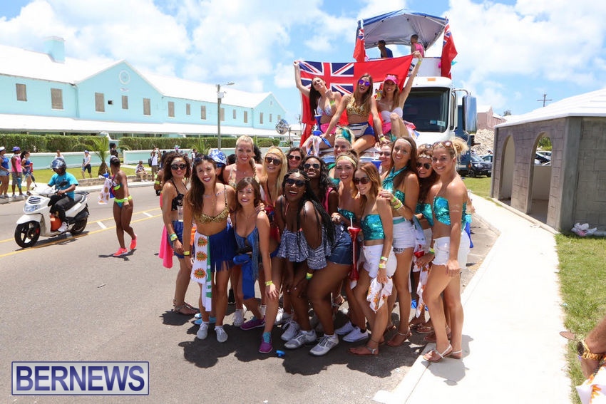 BHW-Parade-of-Bands-June-2015-bermuda-16