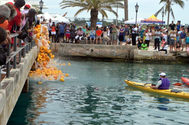 Bermuda-Rubber-Duck-Derby-June-2015-11