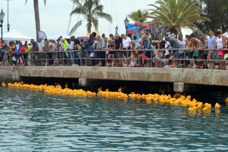 Bermuda-Rubber-Duck-Derby-June-2015-14