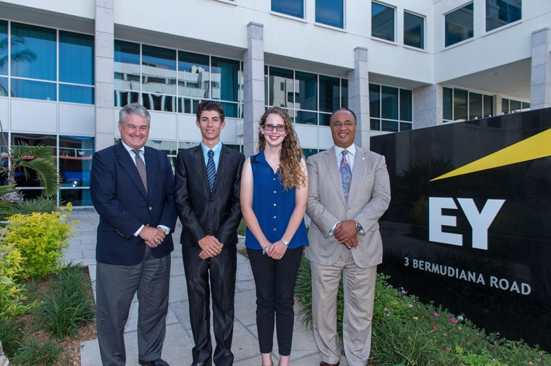 EY Announces Retirement of Gil Tucker as Bermuda Chairman