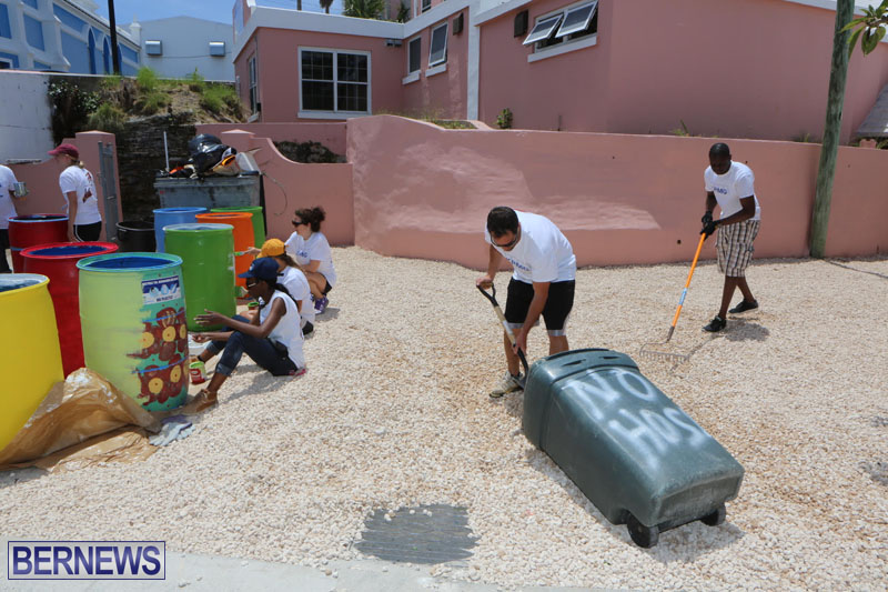 KPMG-Clean-Up-At-Dellwood-School-June-5-2015-11
