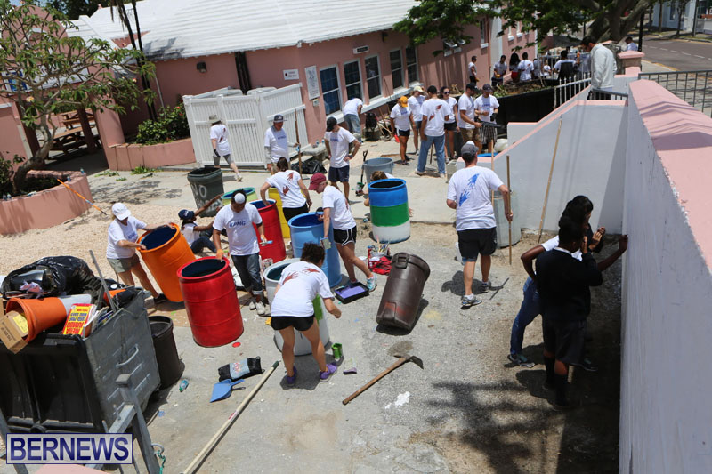 KPMG-Clean-Up-At-Dellwood-School-June-5-2015-22