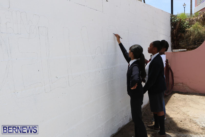 KPMG-Clean-Up-At-Dellwood-School-June-5-2015-4