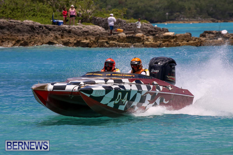 Powerboat-Racing-Bermuda-June-28-2015-1
