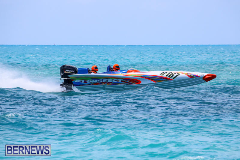 Powerboat-Racing-Bermuda-June-28-2015-11