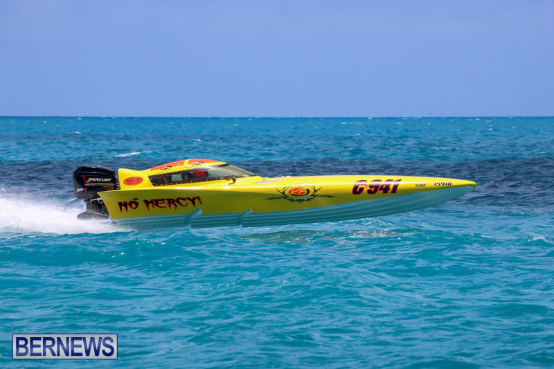 Powerboat-Racing-Bermuda-June-28-2015-15