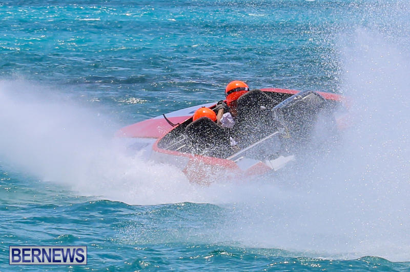 Powerboat-Racing-Bermuda-June-28-2015-21