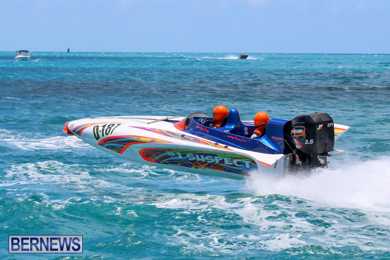 Powerboat-Racing-Bermuda-June-28-2015-22