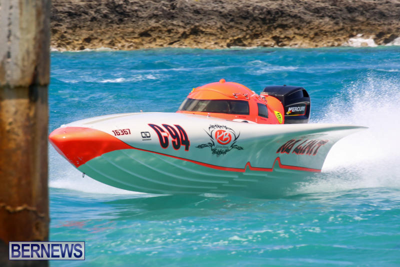 Powerboat-Racing-Bermuda-June-28-2015-24