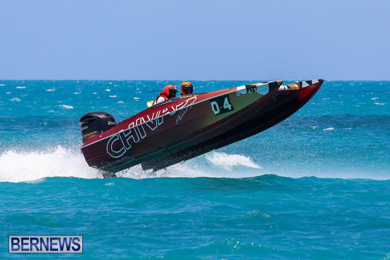 Powerboat-Racing-Bermuda-June-28-2015-27