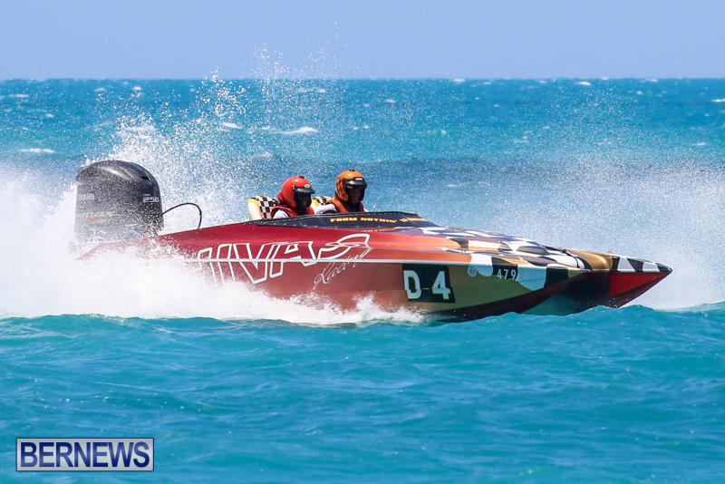 Powerboat-Racing-Bermuda-June-28-2015-28