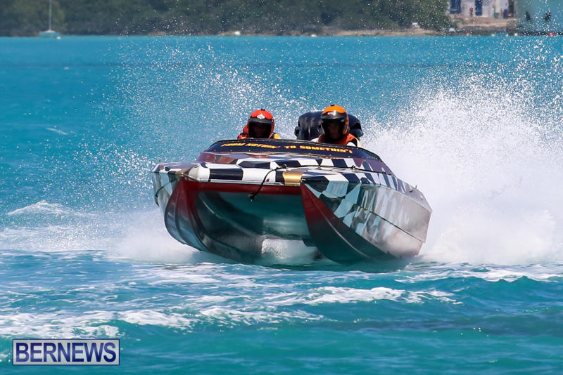 Powerboat-Racing-Bermuda-June-28-2015-36