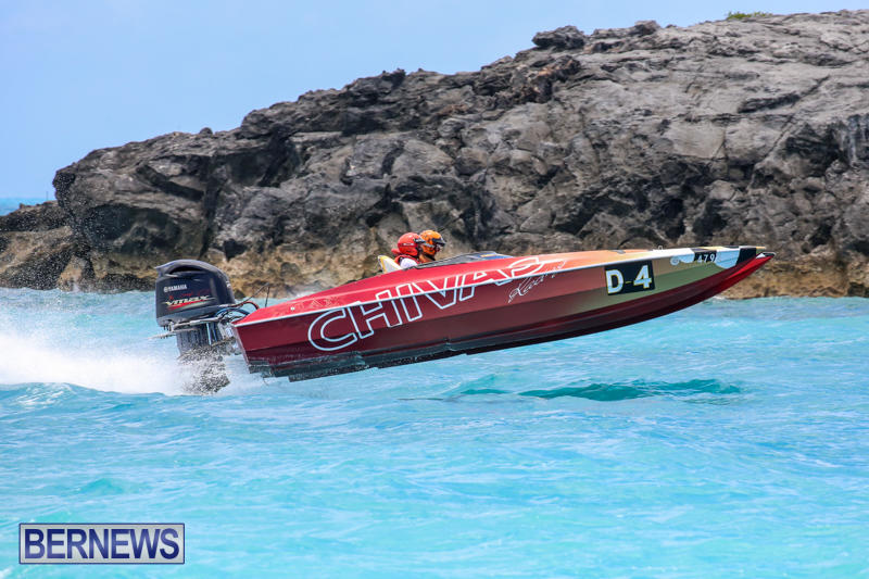Powerboat-Racing-Bermuda-June-28-2015-4