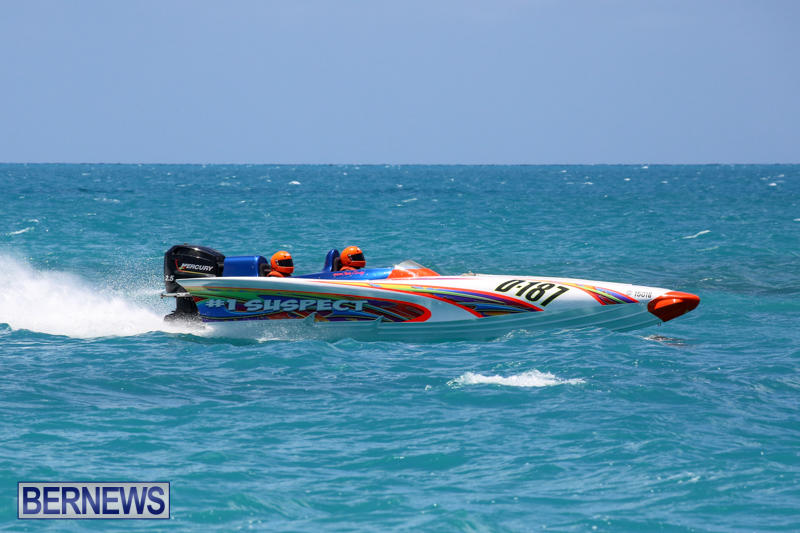 Powerboat-Racing-Bermuda-June-28-2015-42