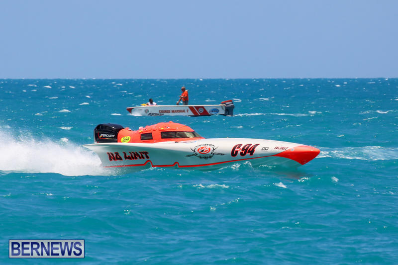 Powerboat-Racing-Bermuda-June-28-2015-43