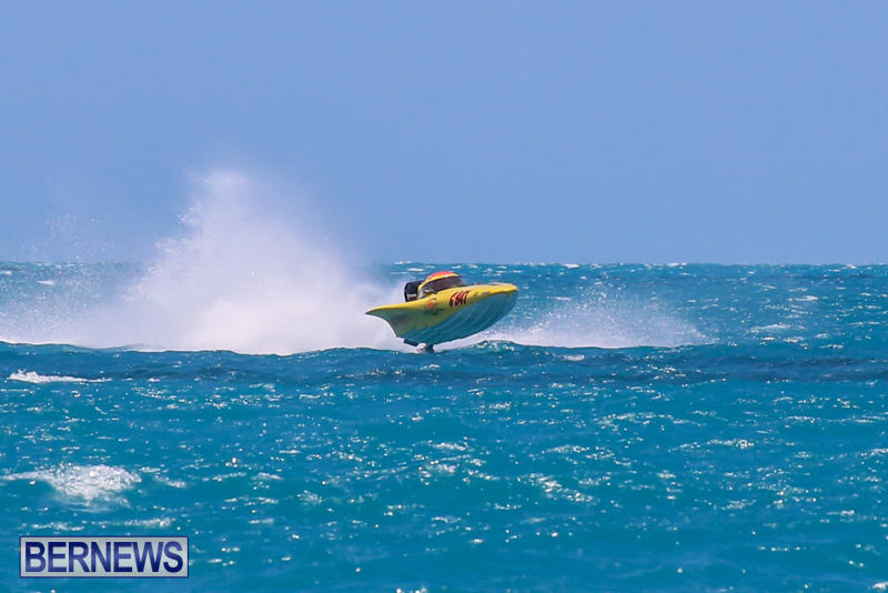 Powerboat-Racing-Bermuda-June-28-2015-47